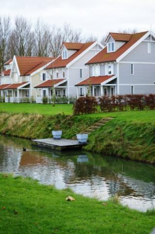 Фото Коттеджный поселок, Бельгия. Материал: Фиброцементный сайдинг Cedral | . Фото № 374533789