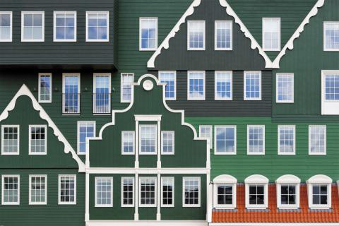 Фото Отель Golden Tulip Inntel в Голландии. Материал: Фиброцементный сайдинг Cedral | WAM architecten, Coenderstraat 3-4, NL-2613 SM Delft, desing: Molenaar & Van Winden. Фото № 364063134
