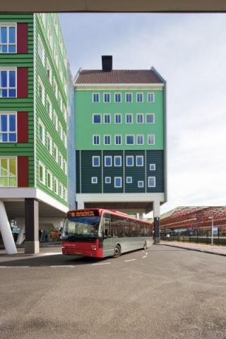 Фото Отель Golden Tulip Inntel в Голландии. Материал: Фиброцементный сайдинг Cedral | WAM architecten, Coenderstraat 3-4, NL-2613 SM Delft, desing: Molenaar & Van Winden. Фото № 1241431175